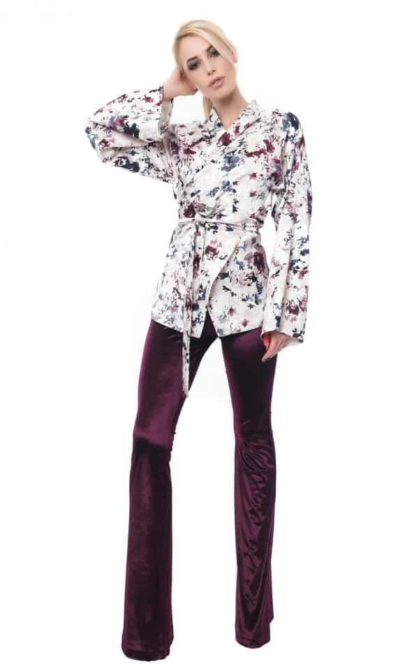 Kimono-din-saten-imprimat-cu-motive-florale-W10371-fata1.jpg